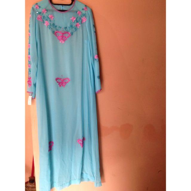 Baju Muslim Panjang (gamis)