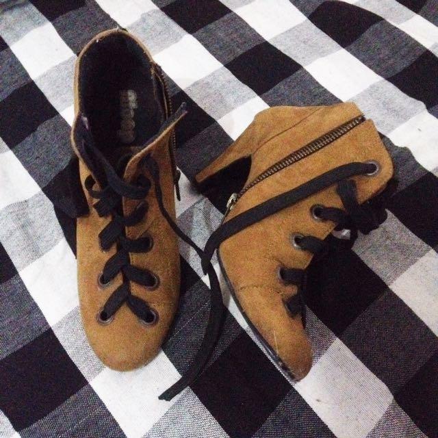 Bloop Boots