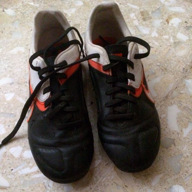 football shoes for boy