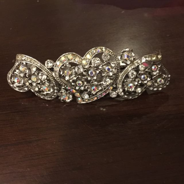 Hair Clip With stones