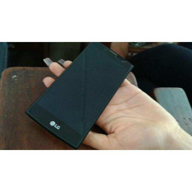 Handphone LG Magna