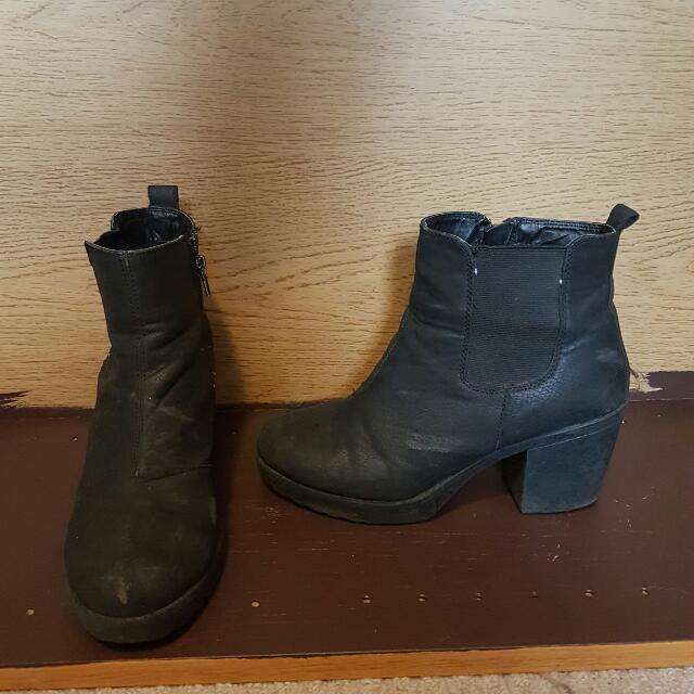 906906487d4 Kmart Boots, Women's Fashion, Shoes on Carousell