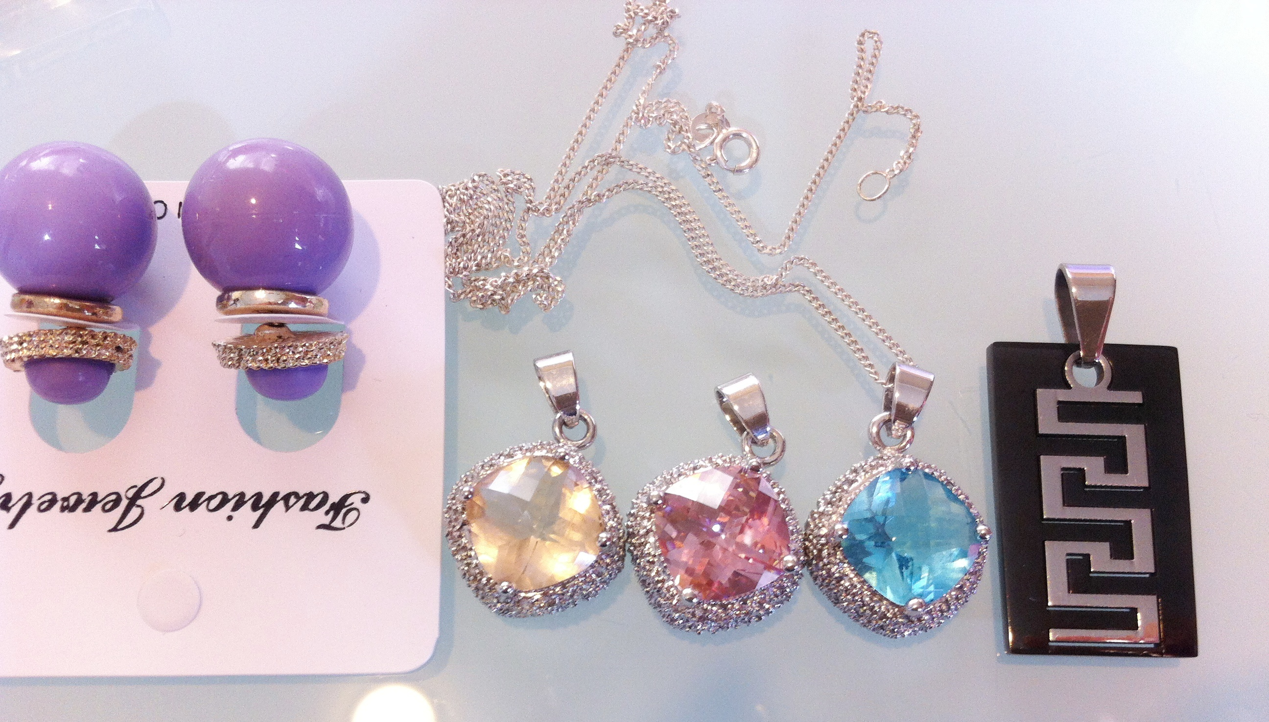 NEW Pendants Pink-Blue-Beige- FREE Purple earrings