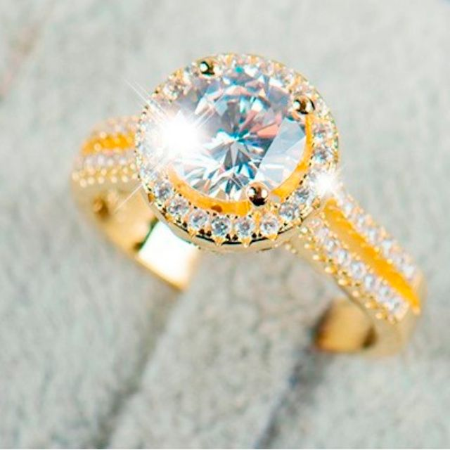 NEW Ring- LUXURY BRIDAL WEDDING- size 9 and 7