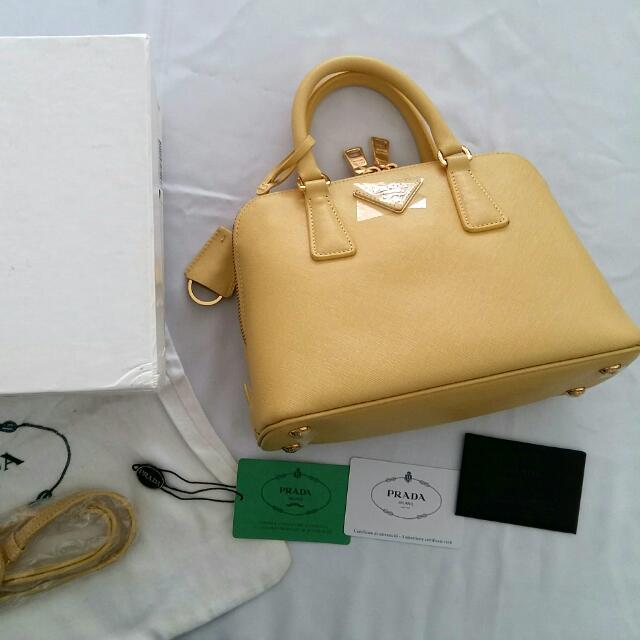 Pra** Mini Bag