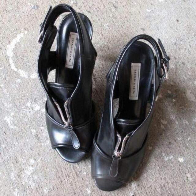 Sepatu Wanita Woman Shoes Leather Original Branded Charles N Keith CK CnK Black Hitam