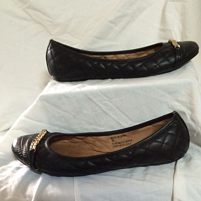 Steve Madden Quilted Flats