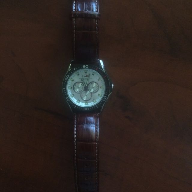 Tommy Hilfiger 5 ATM Brown Leather Band