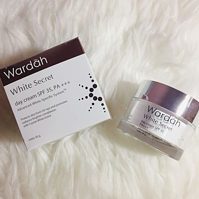 Wardah White Secret Day Cream 30ml.