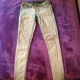 Light Washed Jeggings: Small