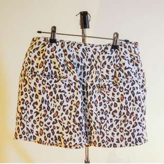 Size 6 RUBY Skirt (Made in NZ!) - Leopard print