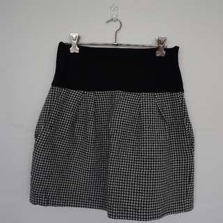 Zara Houndstooth Skirt - Size L