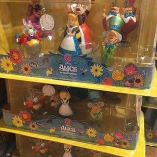 🇺🇸美國迪士尼store 代購 愛麗絲 貝兒 公主 公仔 盒裝