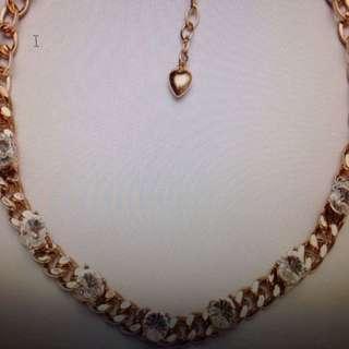 Zirconian Gold Necklace