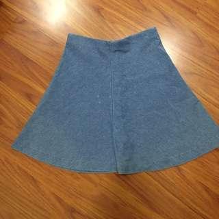 Round Mid Thigh Skirt