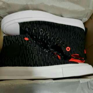 Authentic Brand New CONVERSE CHUCK TAYLOR
