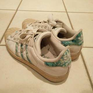 ADIDAS Women's Superstar Originals Shoes + Brand New Insoles 1 Pair!