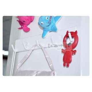 收納用品 磁鐵掛勾 五連掛勾 吸鐵 可用於冰箱、鐵製材質#Y003