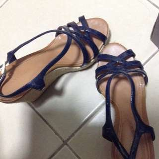 Charles And Keith Shoes Size 6
