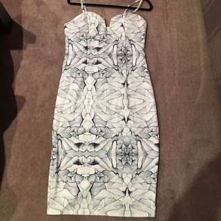 Size 16 Stretch Midi Dress Cracked Marble Print