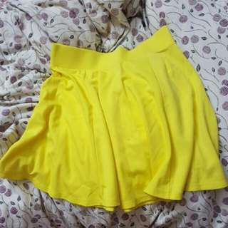 H&M Yellow Skater Skirt