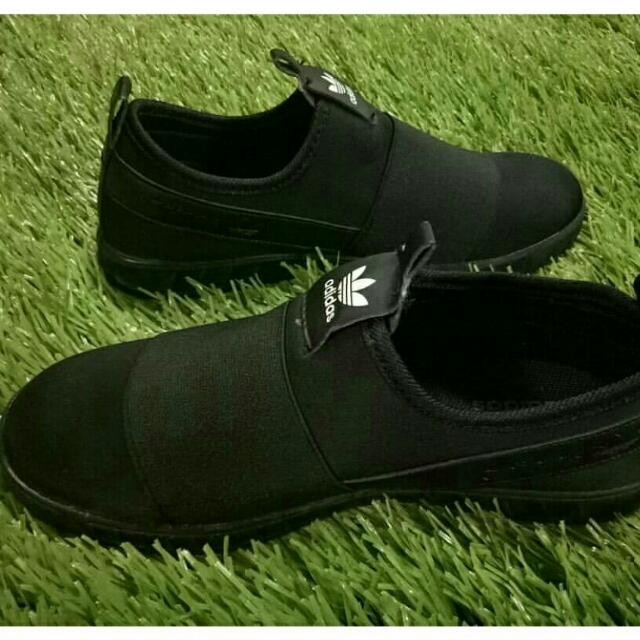 Adidas Slip on Ladies