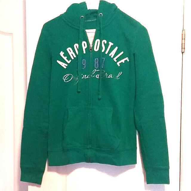 Aeropostale Sweater: Small