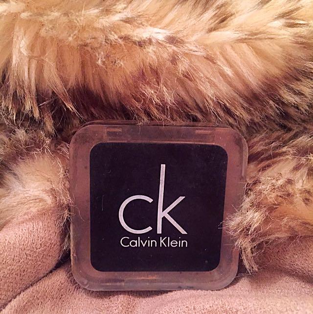 Calvin Klein ~ 106 Deep Brown Eye-Shadow