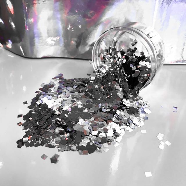 "Chunky Makeup/Body Glitter - Silver ""Disco Dance"" Range"