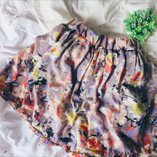 hawaii floral skirt