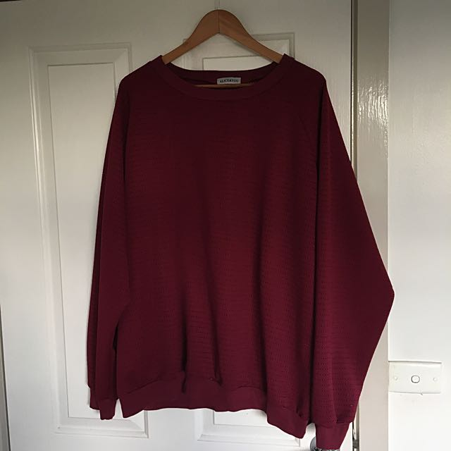 PLUS SIZE BURGUNDY SWEATER