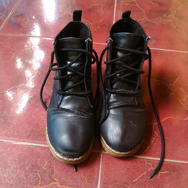 Sepatu Boots Made In China