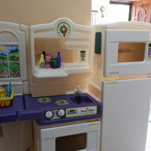 step 2 play kitchen set ngotiable toys games toys on carousell rh ph carousell com Wooden Play Kitchen Sets Custom Play Kitchen