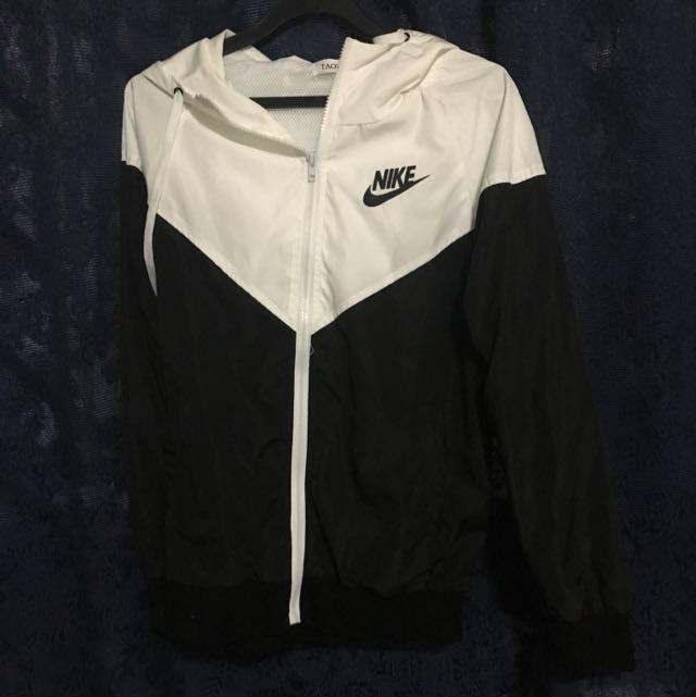 ef670b80ad49 Tumblr Style Nike Jacket   Windbreaker