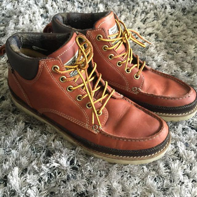 Vans leather boots Size 10