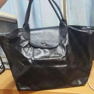 Longchamp黑色手提包