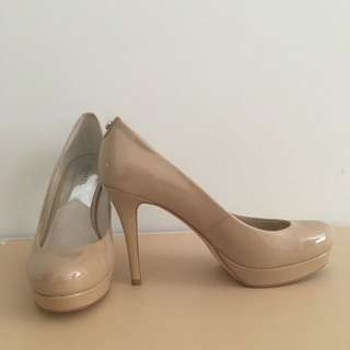 Michael Kors Patent Leather Pump Size 8