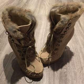 Beige Fur Boots