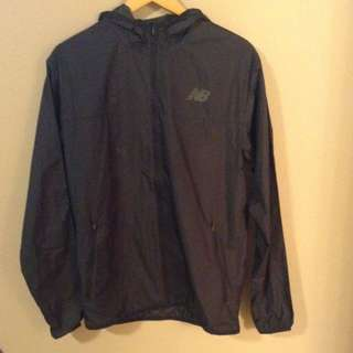New Balance Light Weight Rain Jacket With Hood Size S