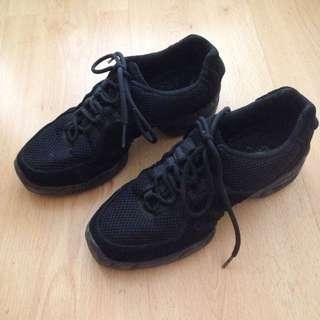 Bloch Jazz Sneaker Shoe (8.5-9 Fit)