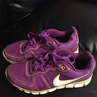 Purple Nike Free Shoes ❤️