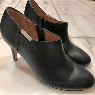Coach booties heels pumps size 8