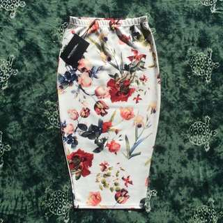 'Pretty Little Thing' Floral Midi Skirt