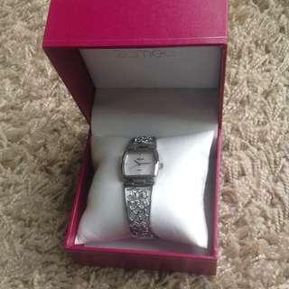 #Watchit Zamel's Silver Watch