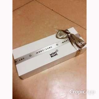 萬寶龍 MontBlanc 型號:104226 STARWALK 神秘黑漂浮 簽字筆