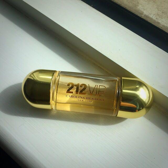 212 Vip by Carolina Herrera 30 Ml