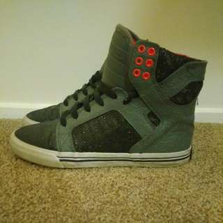 Women's Supras / Dark Grey Glitter/Hot Pink