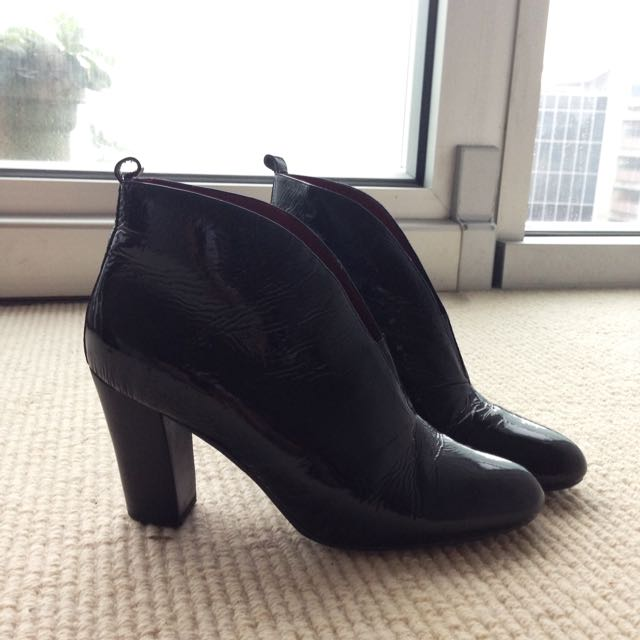 Black High Heel Boots