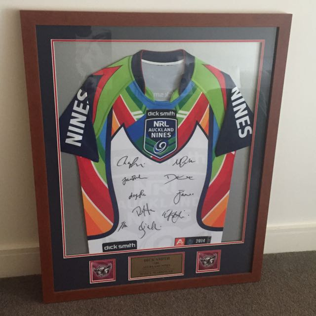 Dick Smith Auckland Nines Signed Jersey 2014