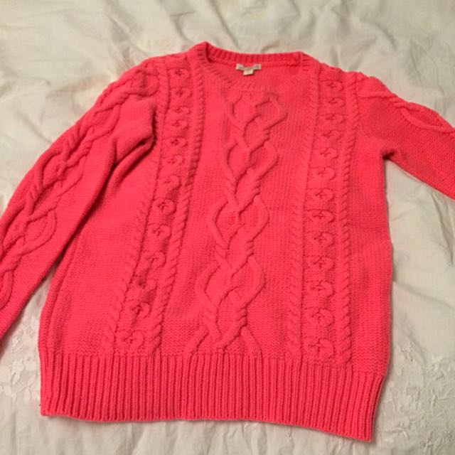 Gap Knit Seater